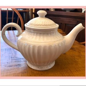 Giftcraft Teapot Vanilla Collection Excellent Cond